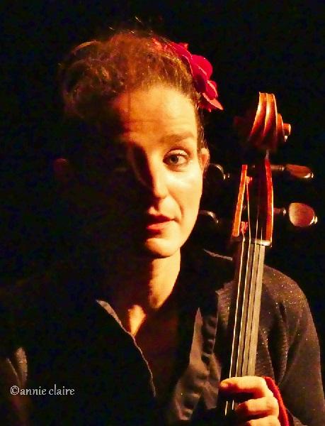 cello-woman02
