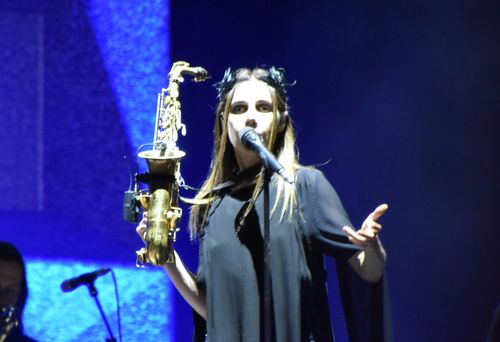 PJ Harvey RES 17