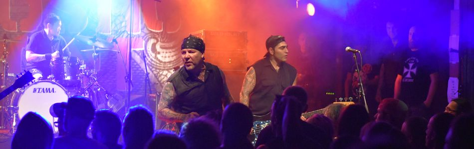 Agnostic Front + Black Bomb A + Sabertooth à L'Orange Bleue – Vitry Le François (51)